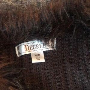 Decree Jackets & Coats - Faux fur vest M brown knit furry trim boho vegan